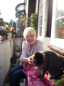 Monika mit Katze (1)